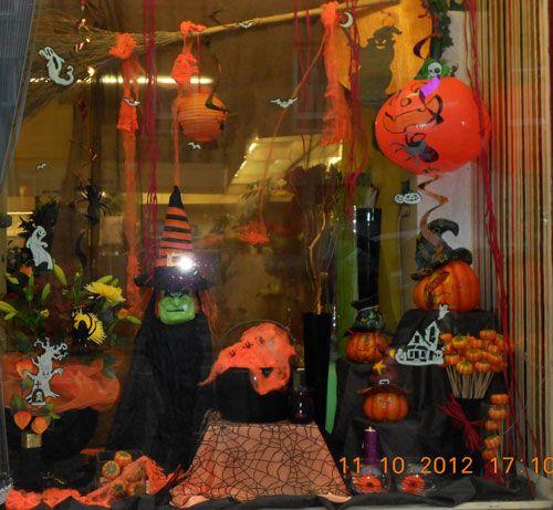 Aberflora Display Halloween Retail Displays Pinterest