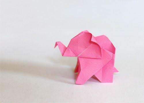 Origami elephant made by designer Jessica Jones.  Her blog makes for good reading too!