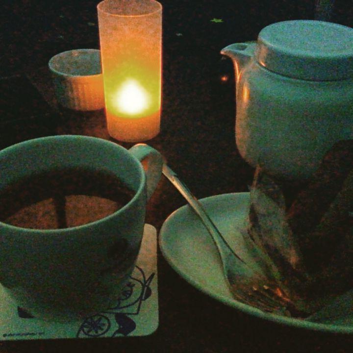 プラネタリウム見ながらティラミス食べて紅茶のんで優雅な休日を過ごしましたとさ。 #プラネタリウムカフェ #もちろん #1人 #趣味 #合う #友達いない #周りはカップルだらけ #今度 #誰か #一緒に行ってください #泣 #planetarium #cafe #holiday  #no #friend #sad