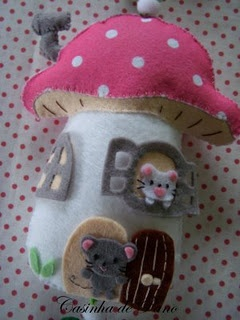 another idea for a doorstop - how sweet would that be