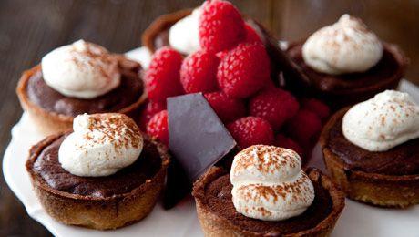 Dark Chocolate & Raspberry Tartlets #Baking #Dessert