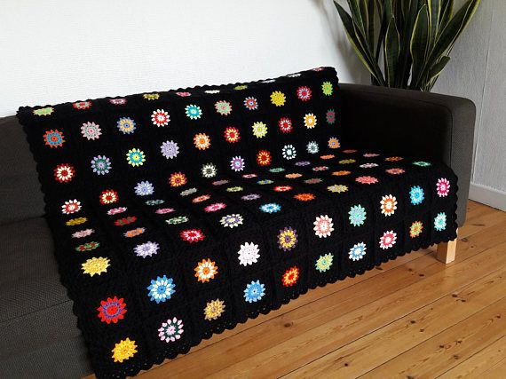 Do you know someone who would love this colorful throw blanket?