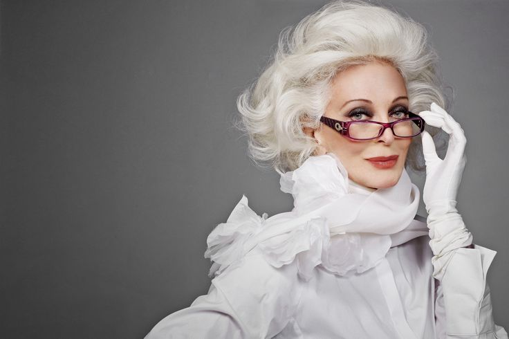 #Carmen #DellOrefice #supermodel #elegant #ageless #classic #beautiful #fashion #beauty #carmen #sophisticated #elegance #glam