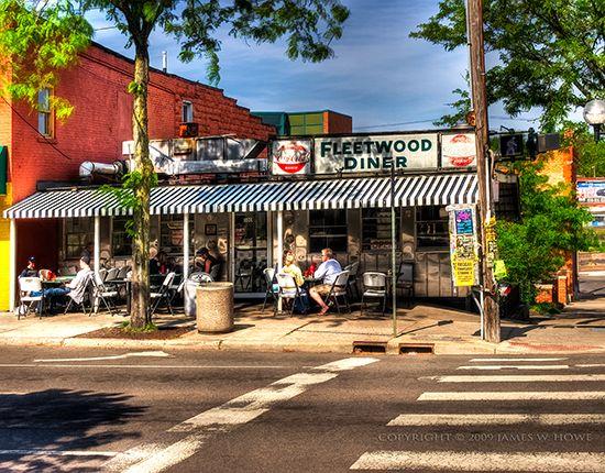 fleetwood diner in ann arbor, mi. amazing.Anne Arbors Ypsilanti, Fleetwood Diners, Favorite Places, Arbors Fleetwood, Blue, Ann Arbor, Anne Arborypsilanti, Anne Arbors Michigan, Anne Arbormi