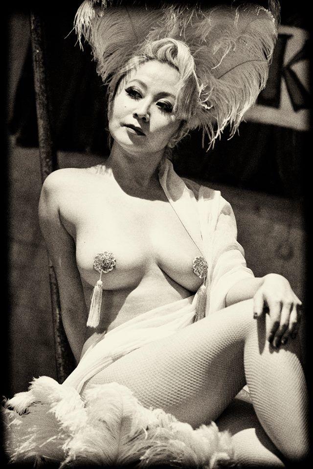 Burlesque matures nude porn dancers