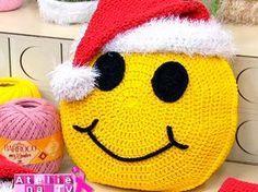 Almofada-de-Crochê-Emoji -Natal …