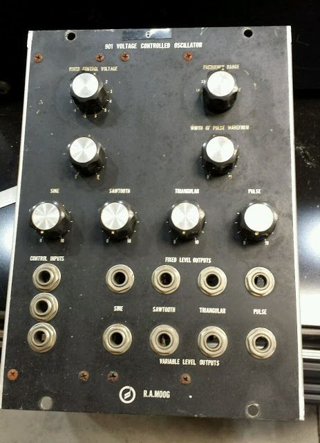 MATRIXSYNTH: Moog 901 voltage controlled oscillator