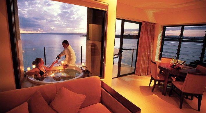 Honeymoon Accomodation Apartment, Balcony and Spa http://www.iririki.com/love/honeymoons/
