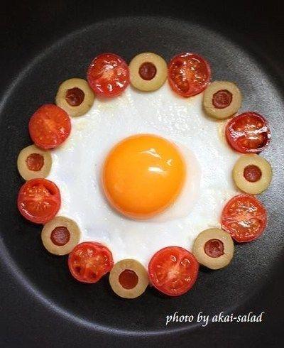 可愛い目玉焼き☆トマト&オリーブ