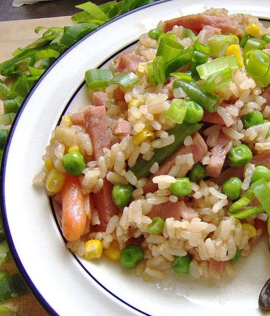 Recipe for Hawaiian Fried Rice - Everyone in Hawaii has their own version of fried rice.  This is my own version of fried rice that the locals ate in Hawaii.