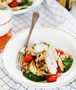 Ugnsstekt kyckling med matveteotto och salsa rucola