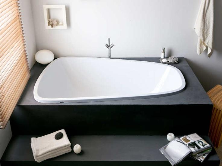 Hersteller: Badewanne Single Bath Duo, ca. 3900 Euro. Gesehen bei www.hoesch-design.com