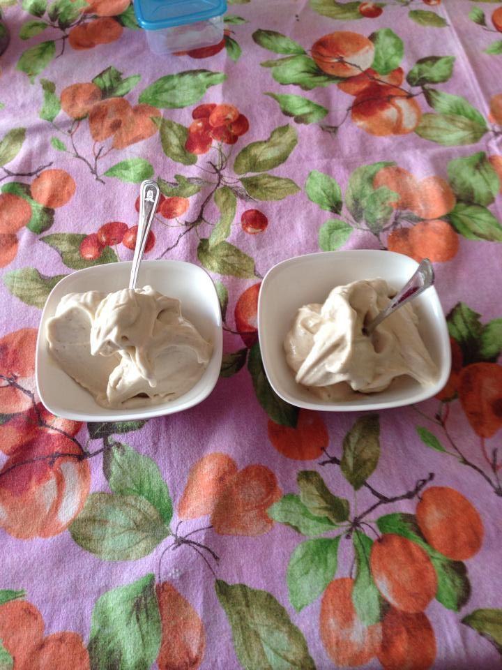Gelato banana e yogurt Bimby senza zucchero, una merenda facile da fare e naturalmente dolce! Ecco la ricetta; ingredienti: 3 banane medio/piccole congelate a pezzetti...