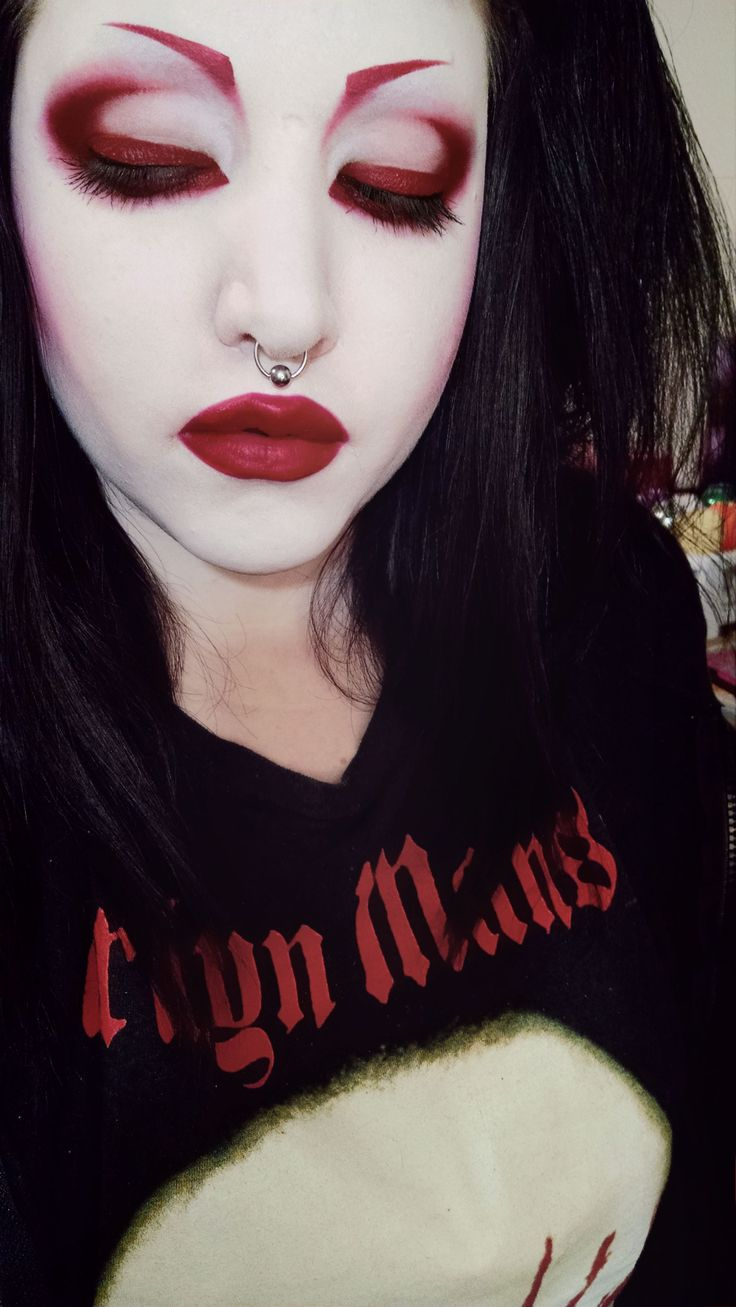 Red Goth Eye Makeup Imgkid Has