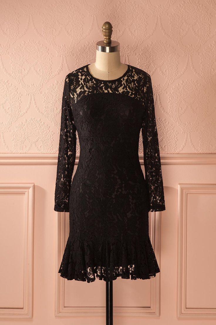 Les garçonnes aussi apprécient le charme de la dentelle noire. Boys also appreciate the charm of black lace. Bahira - Black lace ruffled hem dress www.1861.ca