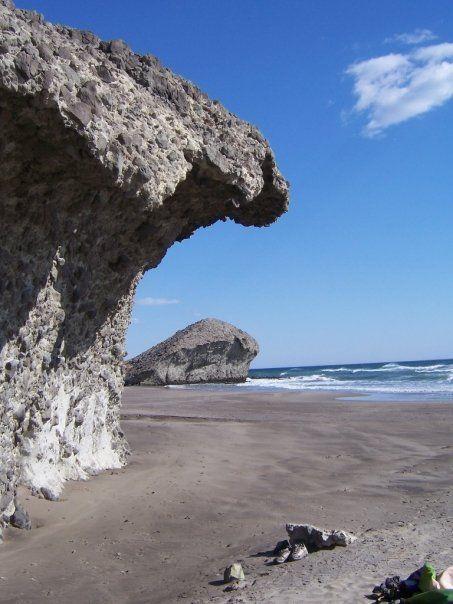 Playa de Mónsul... Indiana Jones lässt grüßen (Níjar, Almería) - Estas rocas son impresionantes! e incluso Indiana Jones ya estuvo por ahí para grabar partes de una de las películas.