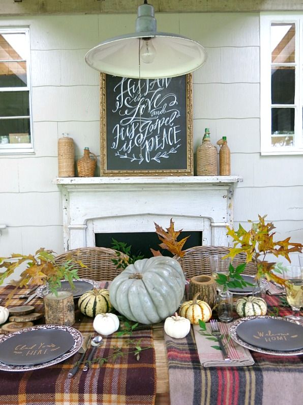 27 Gorgeous Thanksgiving Tablescapes | Plaid, Natural and Rustic Fall Table:
