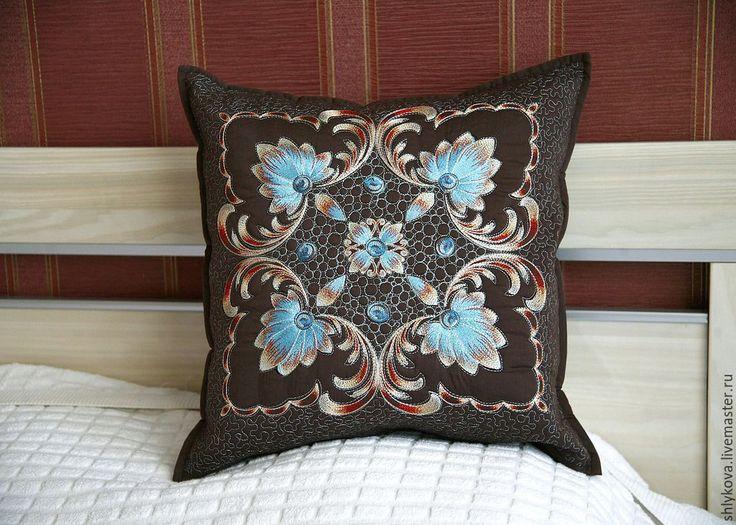 Купить Подушка. - коричневый, подушка, подушка с вышивкой, стеганная подушка, лоскутное шитьё, квилтинг, пэчворк