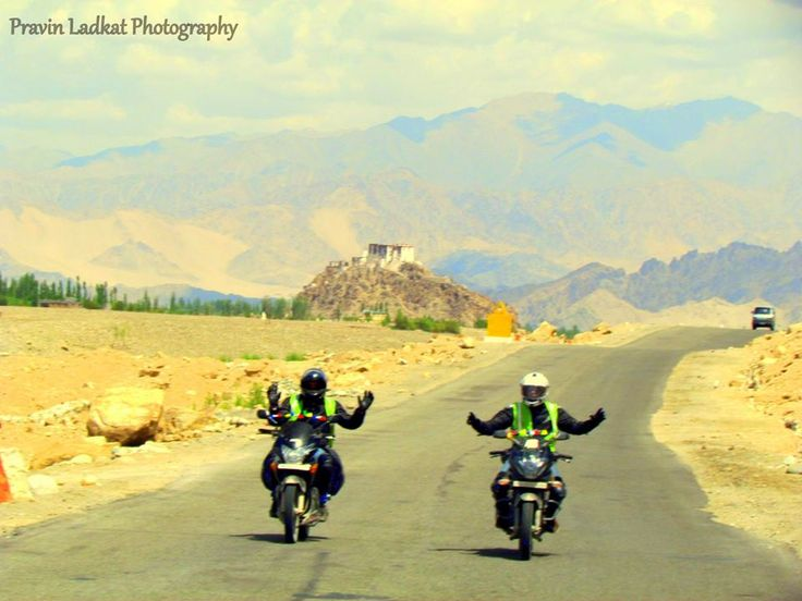 Ladakh Bike Expedition Chandigarh to Srinagar >> The perfect way to experience the beauty and majesty of Leh is #travelling by bikes. This is the reason most of the adventure enthusiasts go on bike trips to #LehLadhakh. If the Leh Ladhakh # biketrip cost is something you are worried about, you must not as it is not that heavy as you expect it to be for the experience of a lifetime it has to offer to the ones visiting.