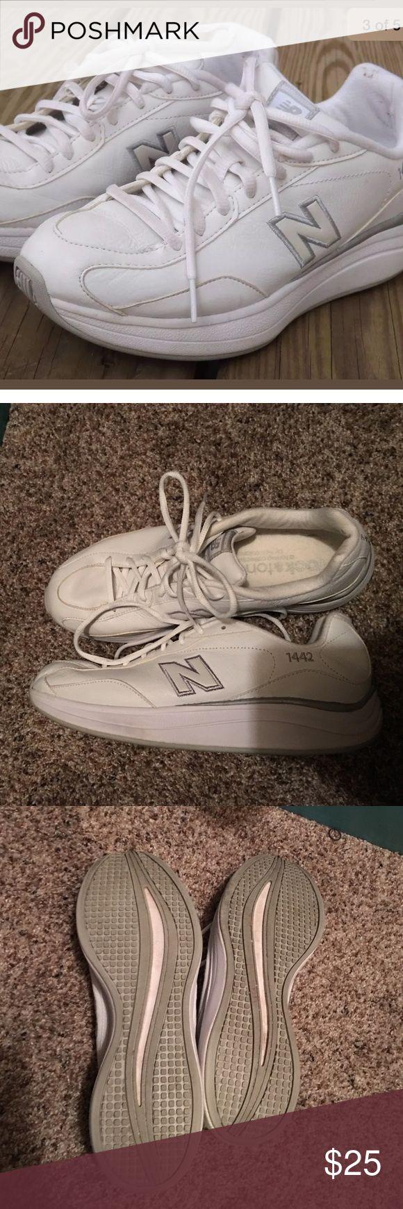 New Balance 1442 Rock & Tone Leather Walking Shoe EUC, plenty of life left and perfect for walking! New Balance Shoes Athletic Shoes