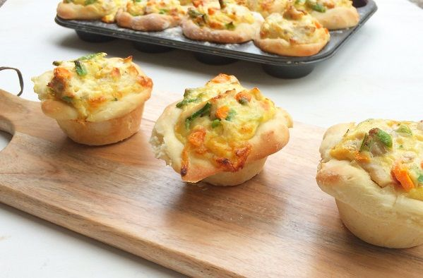 Chicken Bread Pot Pies - Best Chef Recipes | A Perfect Pantry - Kambrook