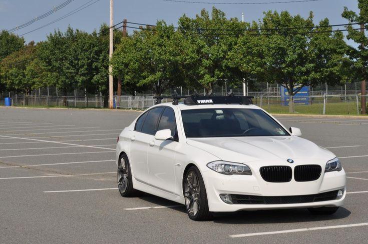 BMW M5 with Thule racks