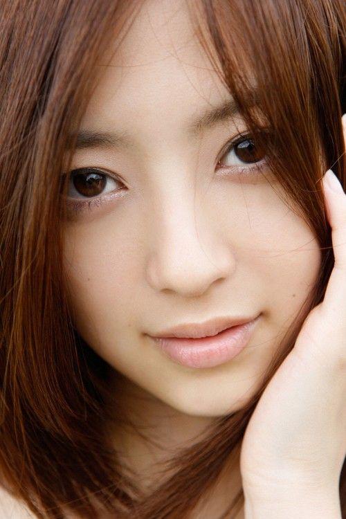 Rina Aizawa (逢沢りな)
