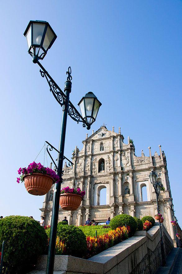 マカオを象徴する教会の遺構には 日本人キリシタンの足跡が残る。聖ポール天主堂跡。マカオ 観光・旅行の見所!