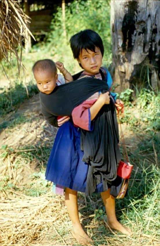 Thai Village Girl Show Fitte