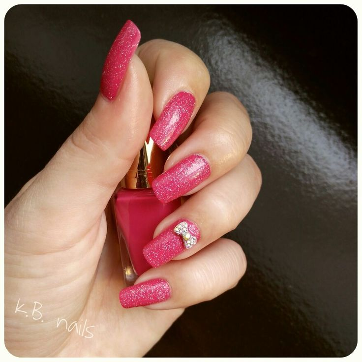 #nails #nailsofinstagram #nailstagram #instanails #pinknails #lorealparis #shockingpink #deliacosmetics #hologlitters #holographic #glitters n.60 #bow #accessories #nailcharm