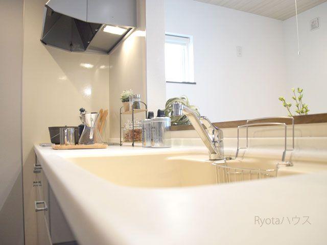 ローコスト住宅で後悔はイヤ 最新モデルハウスを写真付きで紹介 Ryotaハウス 2021 ローコスト住宅 インテリア 収納 住宅