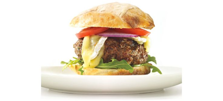 With cooked mushrooms mixed into the patties, these burgers stay very moist and have a great mushroom taste in every bite. #annaolson