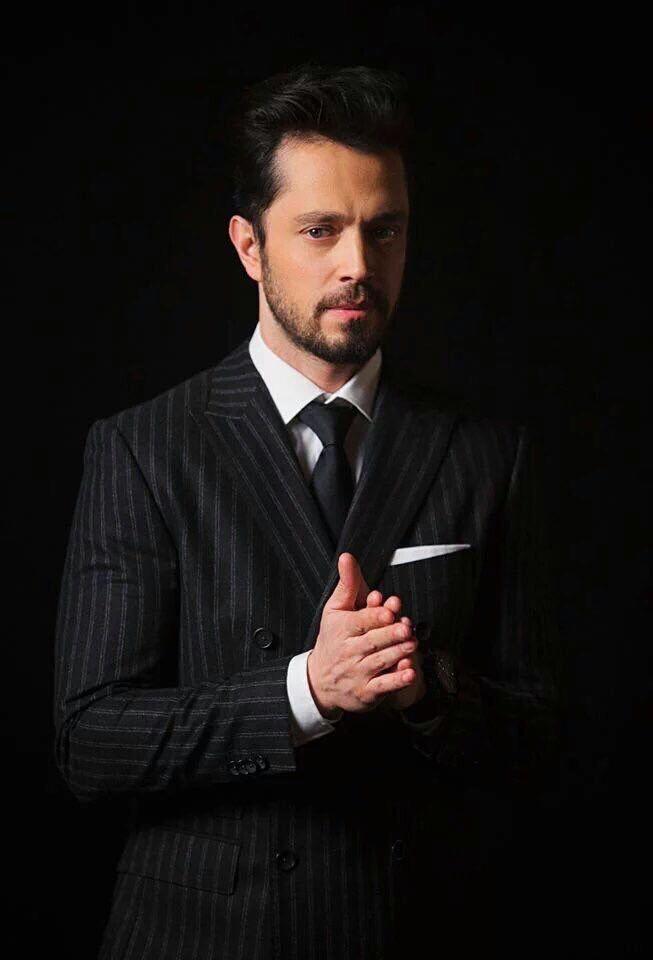 Murat Boz ❤️ BEN ÖLDÜMMÜ BİRİ BANA SÖYLESİN LÜTFEN <3 <3 <3