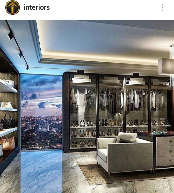 Modern walk in closet for Mansions Inspiring Closets Pinterest - bao vestidor