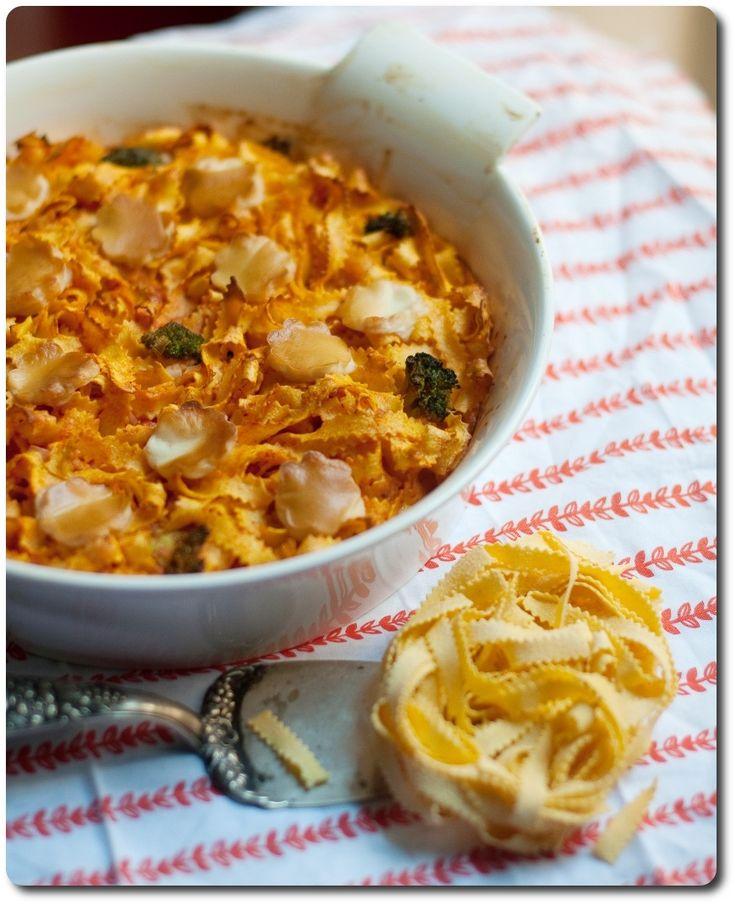 #Tagliatelle zigrinate #LucianaMosconi al forno con broccolo e pomodoro. by @rossella76  // #pasta #recipe #ricette #primipiatti