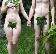 """Ecco a voi il decalogo #ecologico sulle dieci cose da evitare a letto.   Tutto ciò che un l'ecologista perfetto non deve mai fare, segnalato da Stefanie Iris Weiss, autrice del libro """"Eco Sex"""". #Ecosesso su @marraiafura"""