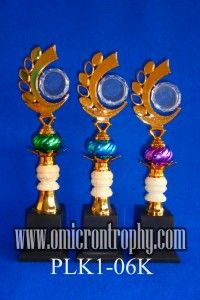 Harga Piala Plastik Bandung Jual Trophy Piala Penghargaan, Trophy Piala Kristal, Piala Unik, Piala Boneka, Piala Plakat, Sparepart Trophy Piala Plastik Harga Murah