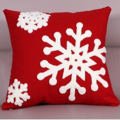 "UFCIT Winter Snowflake Theme Decorative Christmas Throw Pillow 17"" x 17"" PP cotton (Snowflake1) UFCIT http://www.amazon.com/dp/B00OZD6A4I/ref=cm_sw_r_pi_dp_pAZQub05SJHWH"