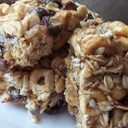 Peanut Butter Rice Bubble Bars @ allrecipes.com.au