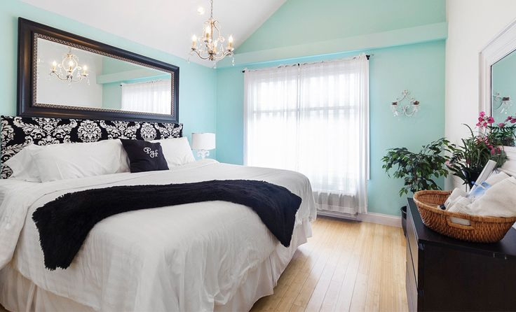 Teal and Damask bedroom This color walls.. or an accent wall for the bedroom!