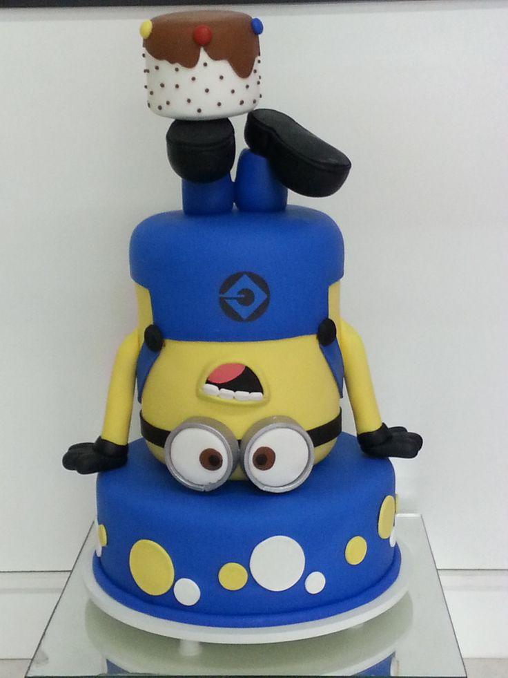 Preciosa torta para fiesta de cumpleaños Minions. #tarta #Minions