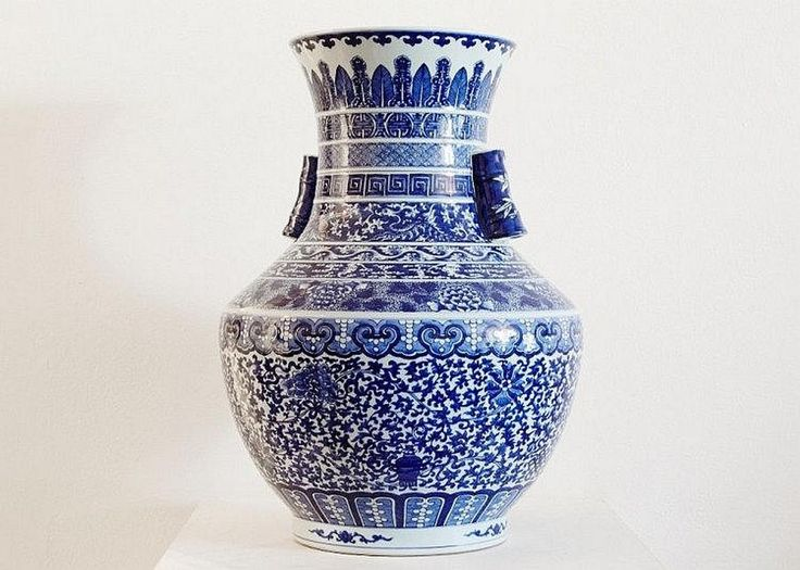 Chinese blue and white… - Traditional Art & Design, including the Orlando Brown Collection - Shapiro Auctioneers - Antiques Reporter