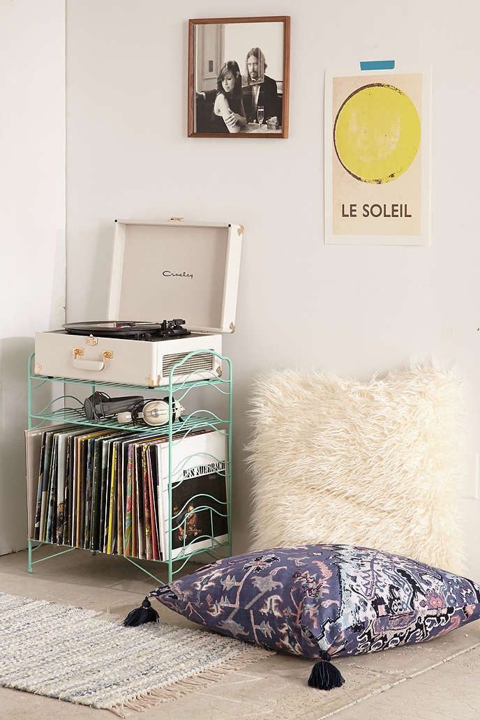 25 best ideas about vintage vinyl record player on. Black Bedroom Furniture Sets. Home Design Ideas