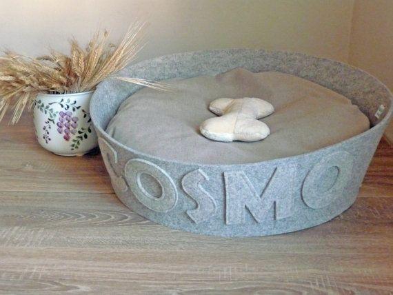 Best 25+ Custom dog beds ideas on Pinterest   Diy dog bed ...