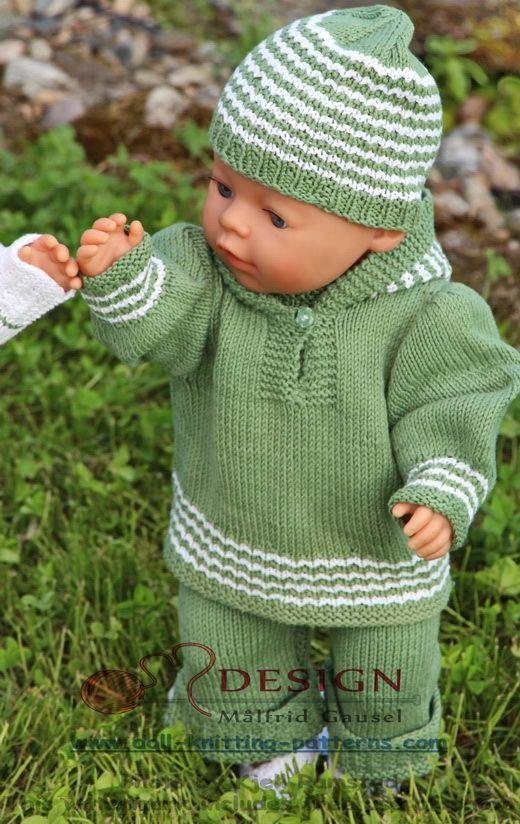Ik had een paar kluwen groene katoen en begon een pakje voor mijn pop Mikkel te breien.