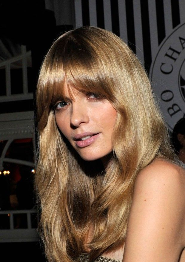 Hair musing: Julia Stegner | hair musing, julia stegner, german supermodel, perfect bangs, hair inspiration, blonde inspiration | Glasshouse Journal
