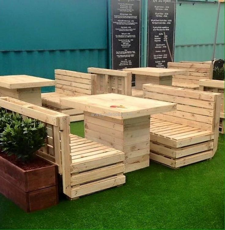 25 Best Ideas About Pallet Patio On Pinterest Pallet