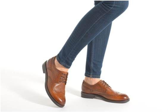 Buty sznurowane Vagabond AMINA 4203-101 podgląd modelu