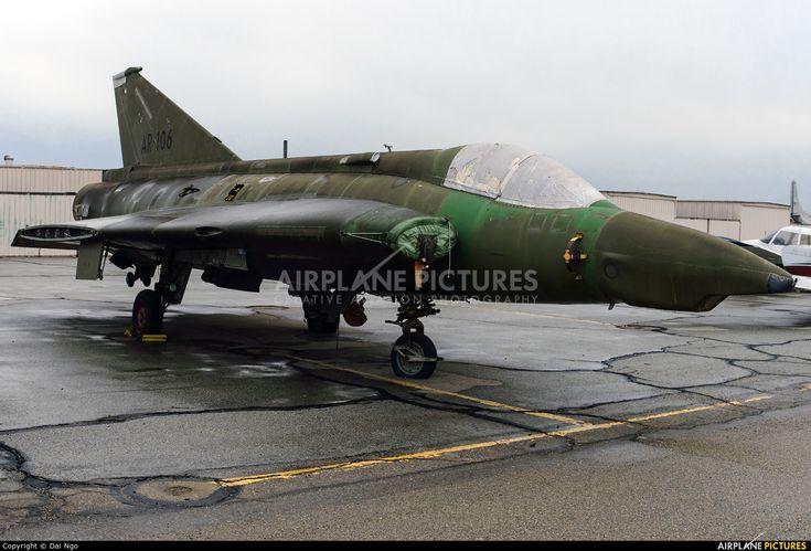 Private AR-106 aircraft at Chino photo