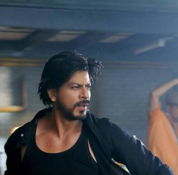Shah Rukh Khan - Manwa Laage song video - HNY (2014) EAGERLY WAITING